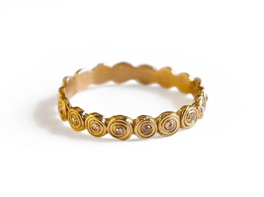 Hochzeit - Unique Engagement  Ring, 18K Solid Gold Unique Engagement Ring With Diamonds.