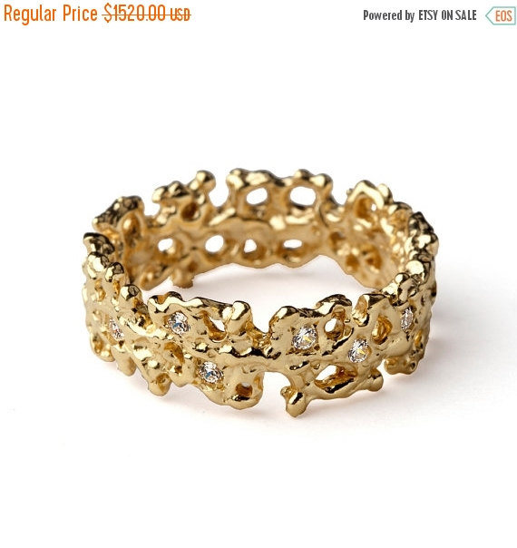 20 Off SALE CORAL Unique Wedding Band Ring 18k Gold Diamond