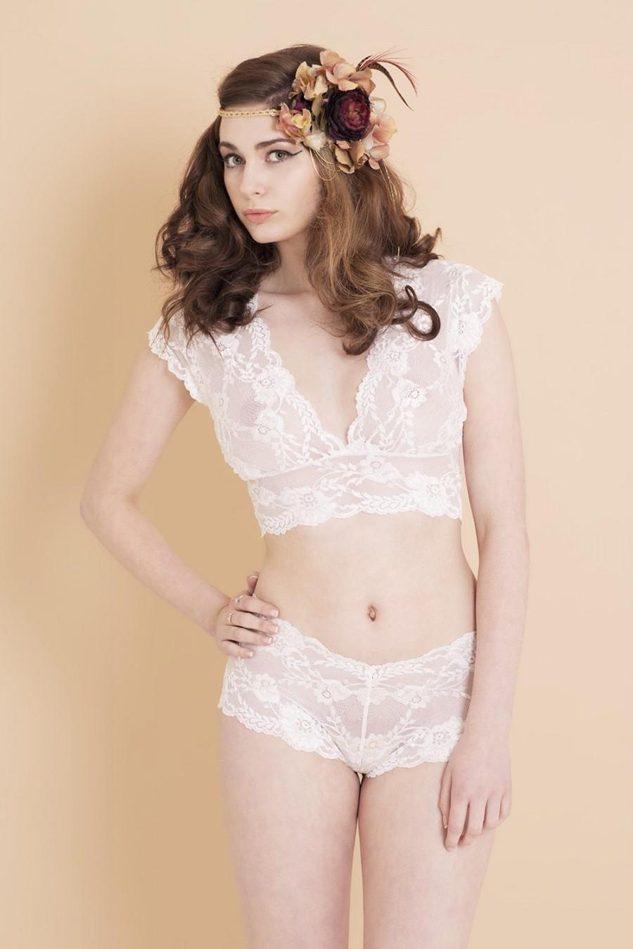Свадьба - Ivory White Floral Lace Lingerie Set. Bralette and Matching French Knickers. Perfect as bridal lingerie. Handmade from Brighton Lace.