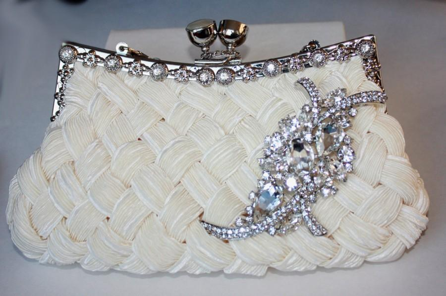 Mariage - Ivory Bridal Clutch - satin with Swarovski Crystal brooch - made to order