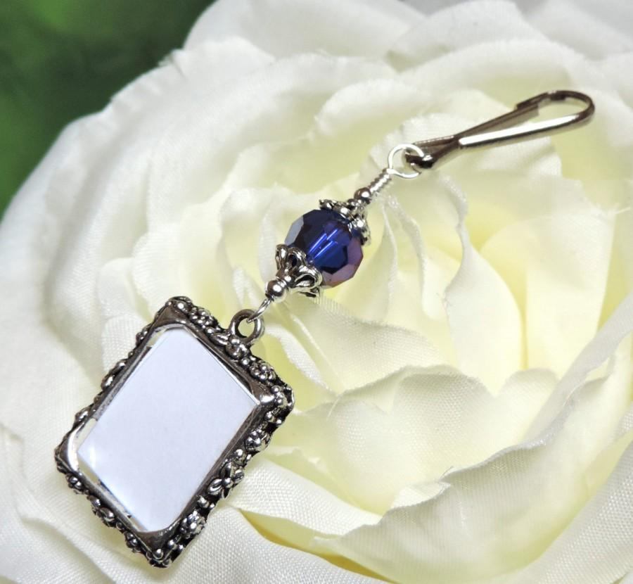 Mariage - Something Blue. Wedding bouquet photo charm. Memorial picture frame charm with royal blue crystal. Bridal shower gift.