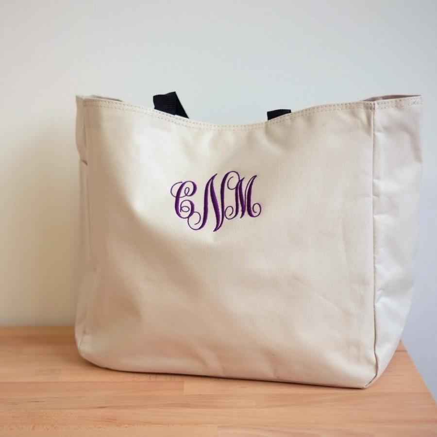 Hochzeit - Personalized Tote Bag, Wedding Tote, Bridesmaid Tote