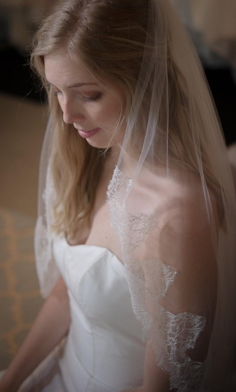 "Wedding - Lace Veil Chantilly Lace Fingertip Length - 40"" - Rae"