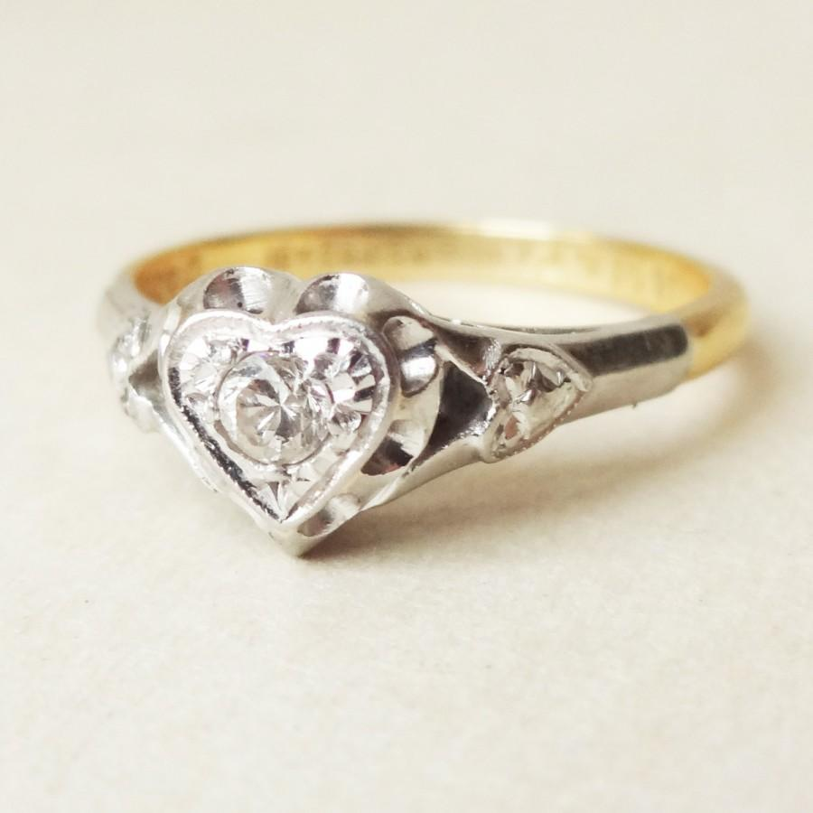 Свадьба - Art Deco Solitaire Heart 18ct Gold and Platinum Engagement Ring, Approx Size US 5.25 / 5.5