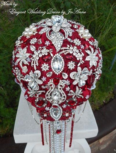 Mariage - RED BROOCH BOUQUET- Deposit for Stunning Red Brooch Bouquet, Red Bouquet, Brooch Bouquet, Jeweled Bouquet, Red Bouquet