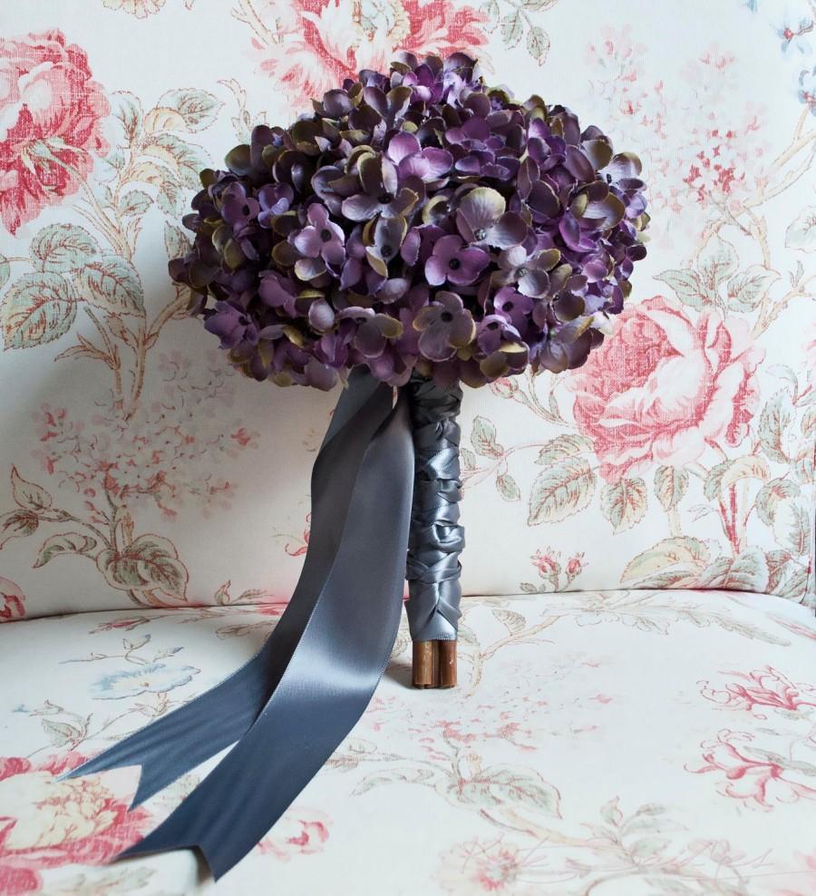 Mariage - Lavender and Gray Hydrangea Wedding Bouquet