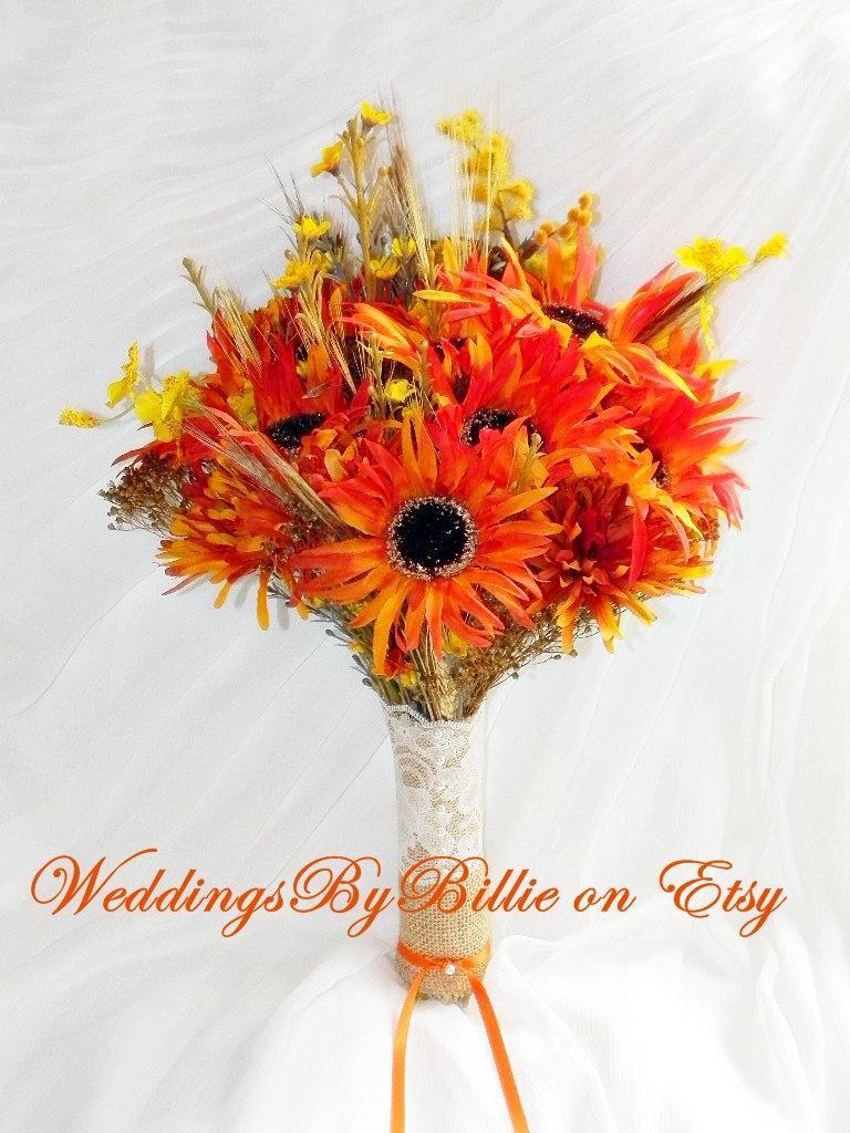 Mariage - Fall Wedding Bouquet, Fall Leaf Orange Bouquet, Orange Bridal Bouquet, Orange Wedding, Wildflower Bouquet, Orange Silk Bouquet, Weddings