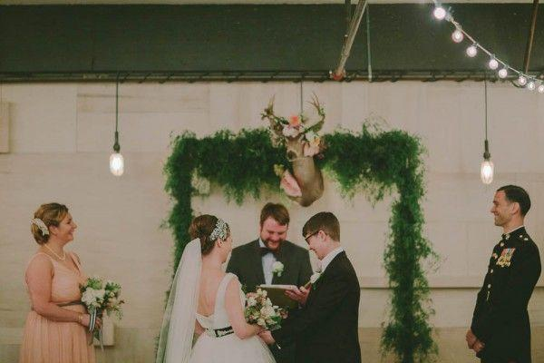 Hochzeit - Woodland Warehouse Wedding At Union/Pine