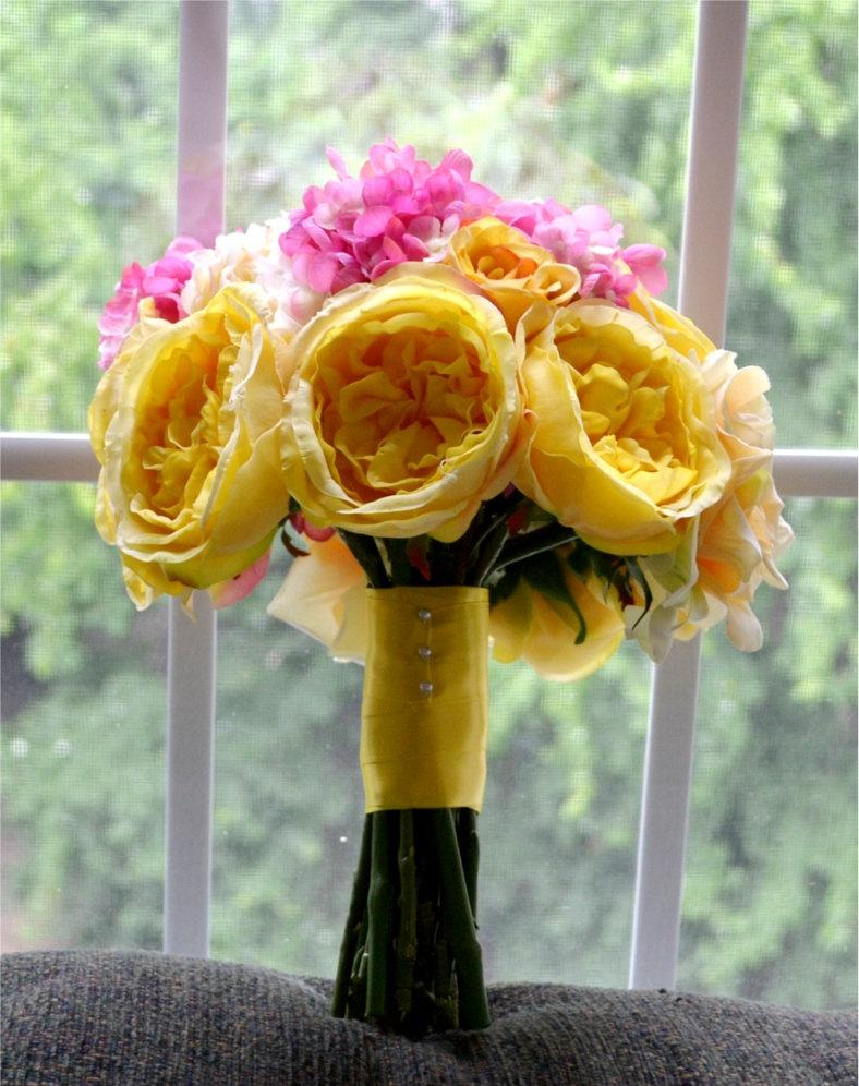 زفاف - Yellow & Pink Bouquet - Yellow Cabbage Roses, Pink Hydrangea, and Yellow Peonies