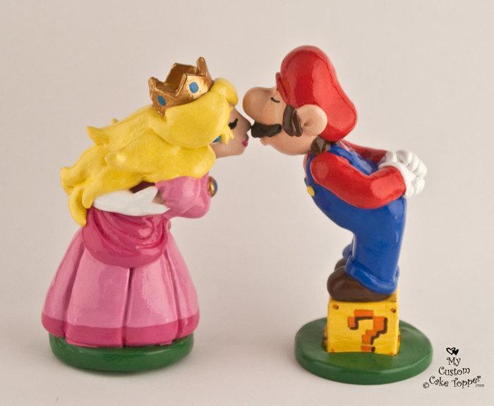 Mariage - Custom Wedding Cake Topper Bride and Groom, Prince and Princess