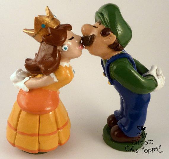 Свадьба - Custom Wedding Cake Topper Bride and Groom, Prince and Princess