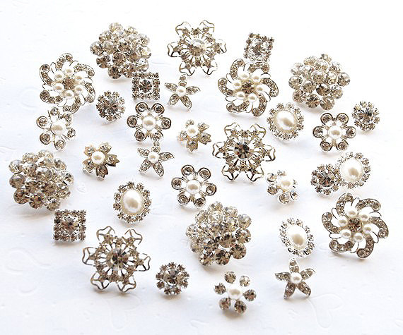 Свадьба - 20 Rhinestone Buttons Assorted Starfish Round Circle Oval Square Pearl Crystal Hair Flower Comb Clip Wedding Invitation BT098