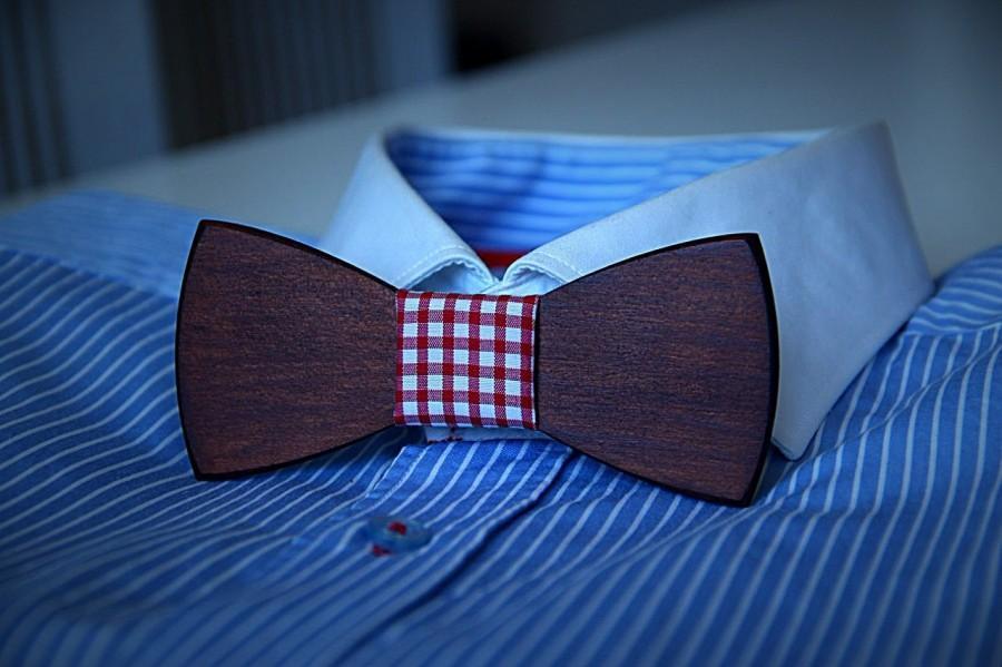 Hochzeit - Customise your wooden bow tie. Handicraft unique men accessory.Manly gift.