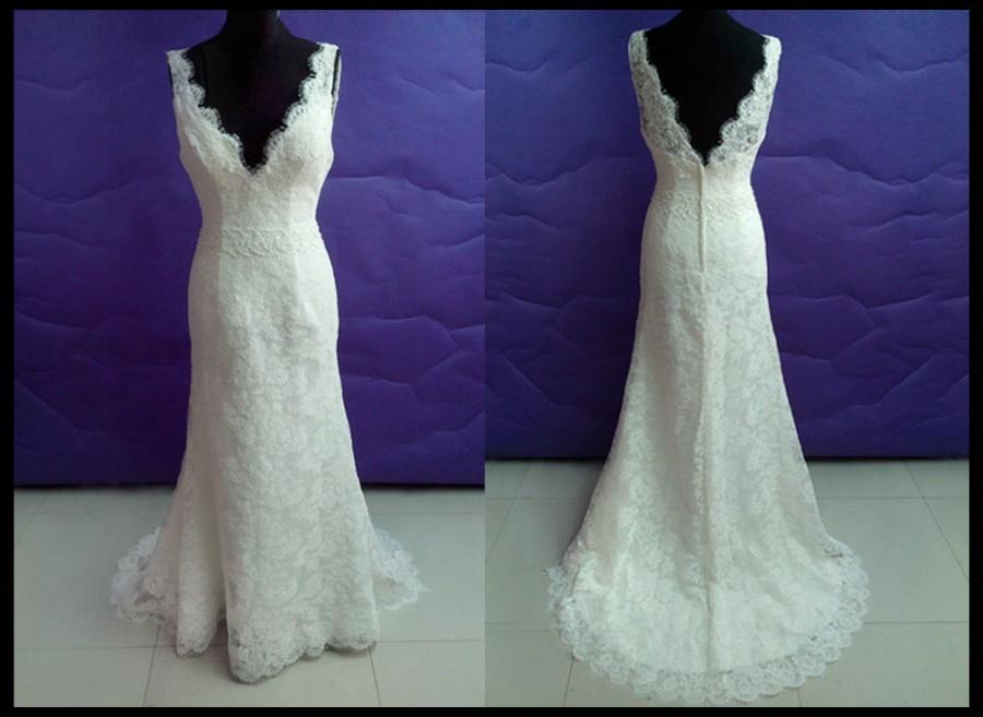Simple lace wedding dress in vintage wedding dresses long for Vintage backless wedding dresses