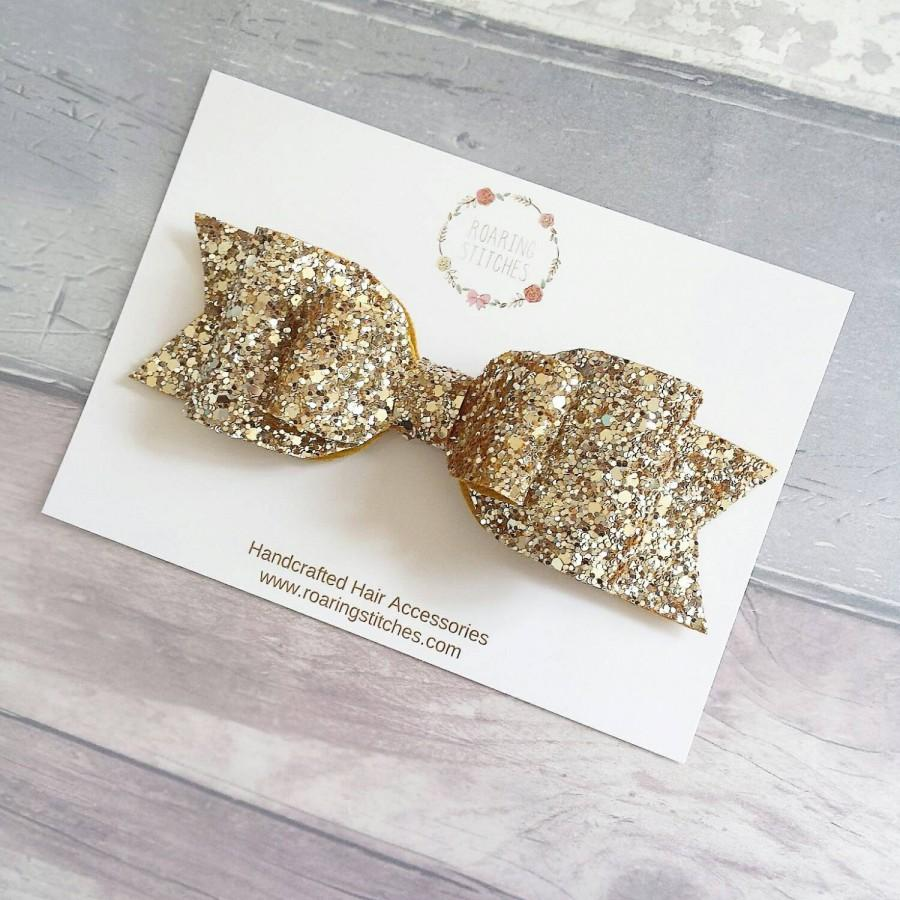 Mariage - Oversized hair bow - gold hair piece for wedding - gold baby headband - gold toddler christmas gift - womens gold glitter bow - wedding hair