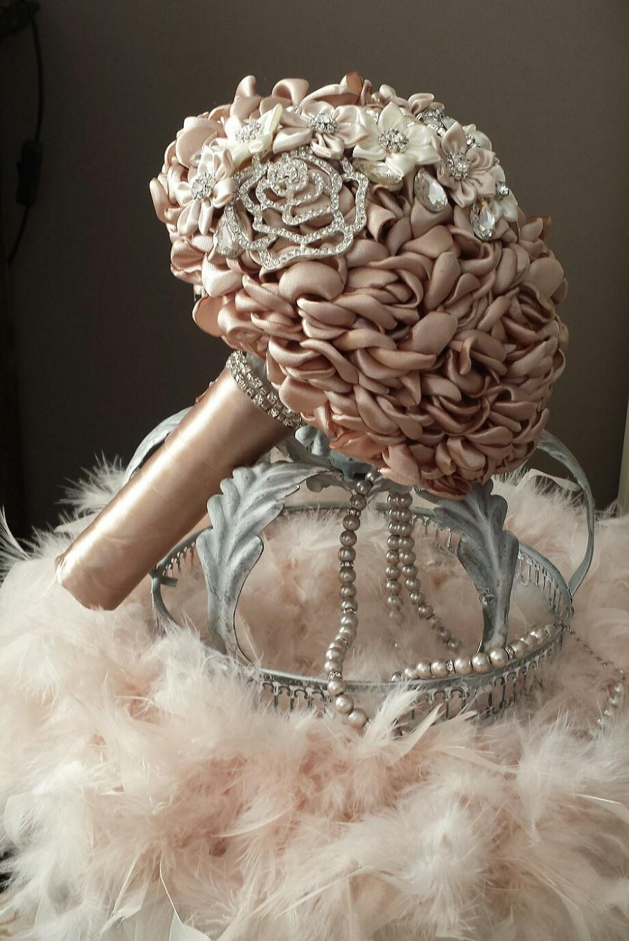 Свадьба - Bridal bouquet Lovely Beige Brooches