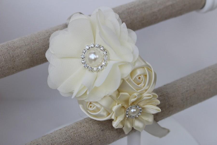 Свадьба - Ivory Flower girl headband ivory wedding headband plastic satin headband toddler cream headband flower girl outfit girls headband