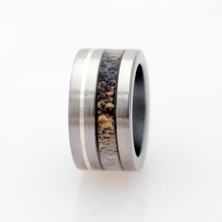 Свадьба - mens wedding band antler ring titanium band wedding ring