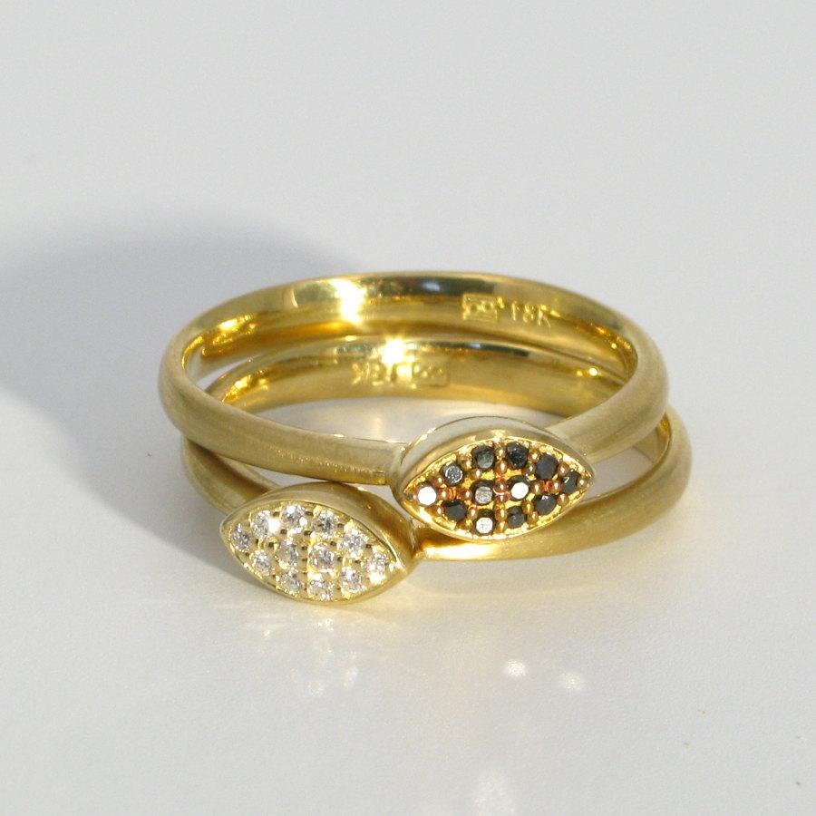Свадьба - STAX 18k gold stacking rings, white and black diamond pave, wedding or engagement rings