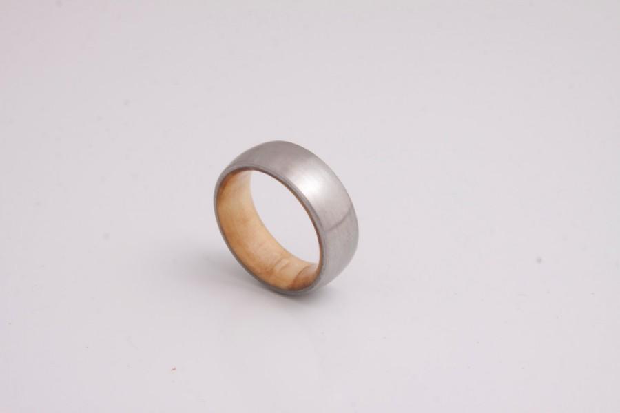 Свадьба - olive wood ring titanium band mens wedding wood ring