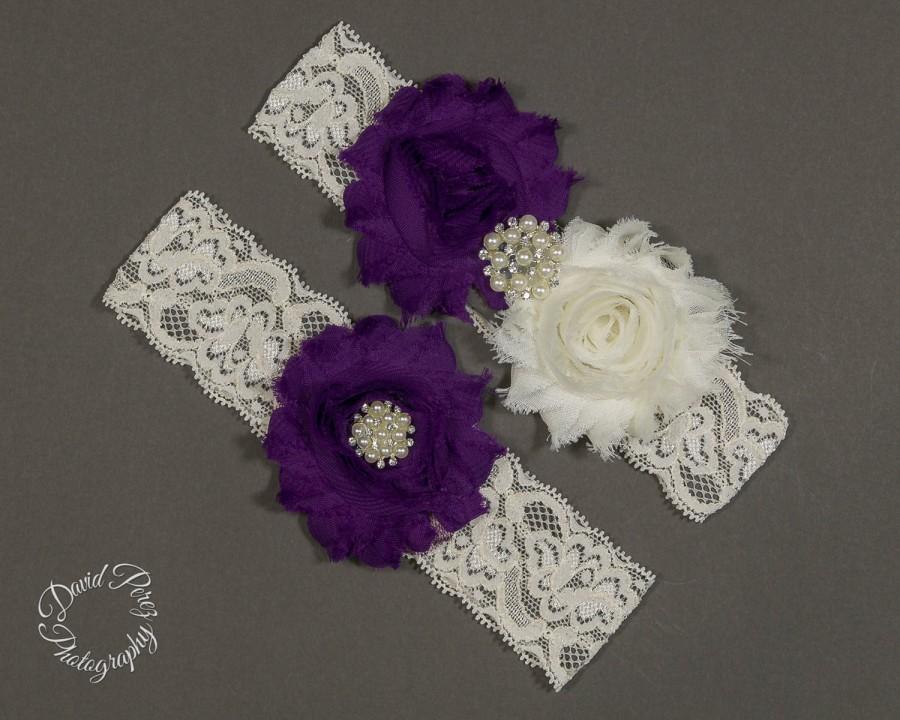 Hochzeit - Wedding Garter Purple  Bridal Garter Set Lace Garter Toss Garter Keepsake Garter Vintage Garter Purple and Ivory Garter Set Purple Garder