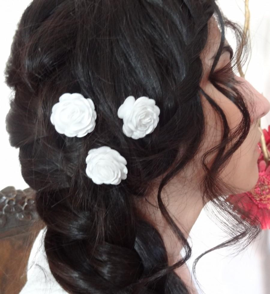 Mariage - White Satin Rose Wedding Hair Pins, White Bridal Hair Pins, Hair Accessories, Satin Hair Pins, Bridesmaid Hair, Woodland - Set of 3