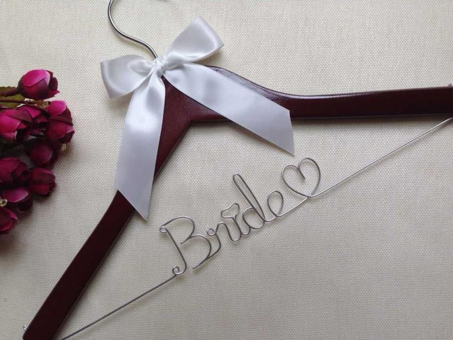 Personalized wedding hanger brides hanger name hanger for Wedding dress hangers with name