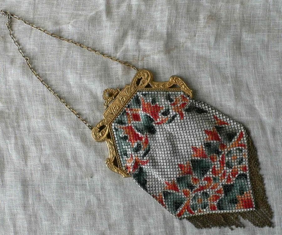 Hochzeit - vintage evening bag, Mandalian Mfg. Co. enameled, Flapper,art deco, great gatsby, from Diz Has Neat Stuff