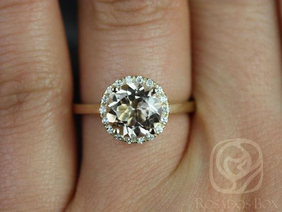 Mariage - Monique 8mm 14kt Yellow Gold Round Morganite And Diamonds Halo Engagement Ring (Other Metals And Stone Options Available)