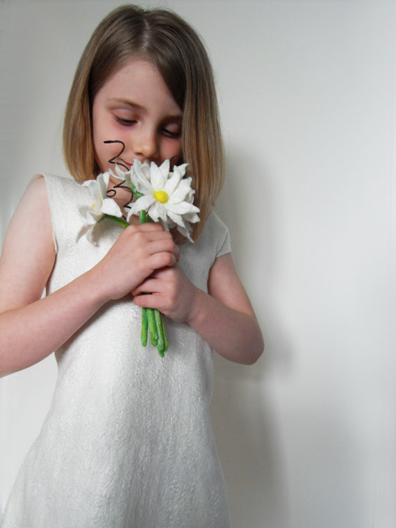 Mariage - Flower Girl Dress White Ivory Bridesmaid Dress Special Occasion Felted Dress toddler Weddings Years T 1 - 5