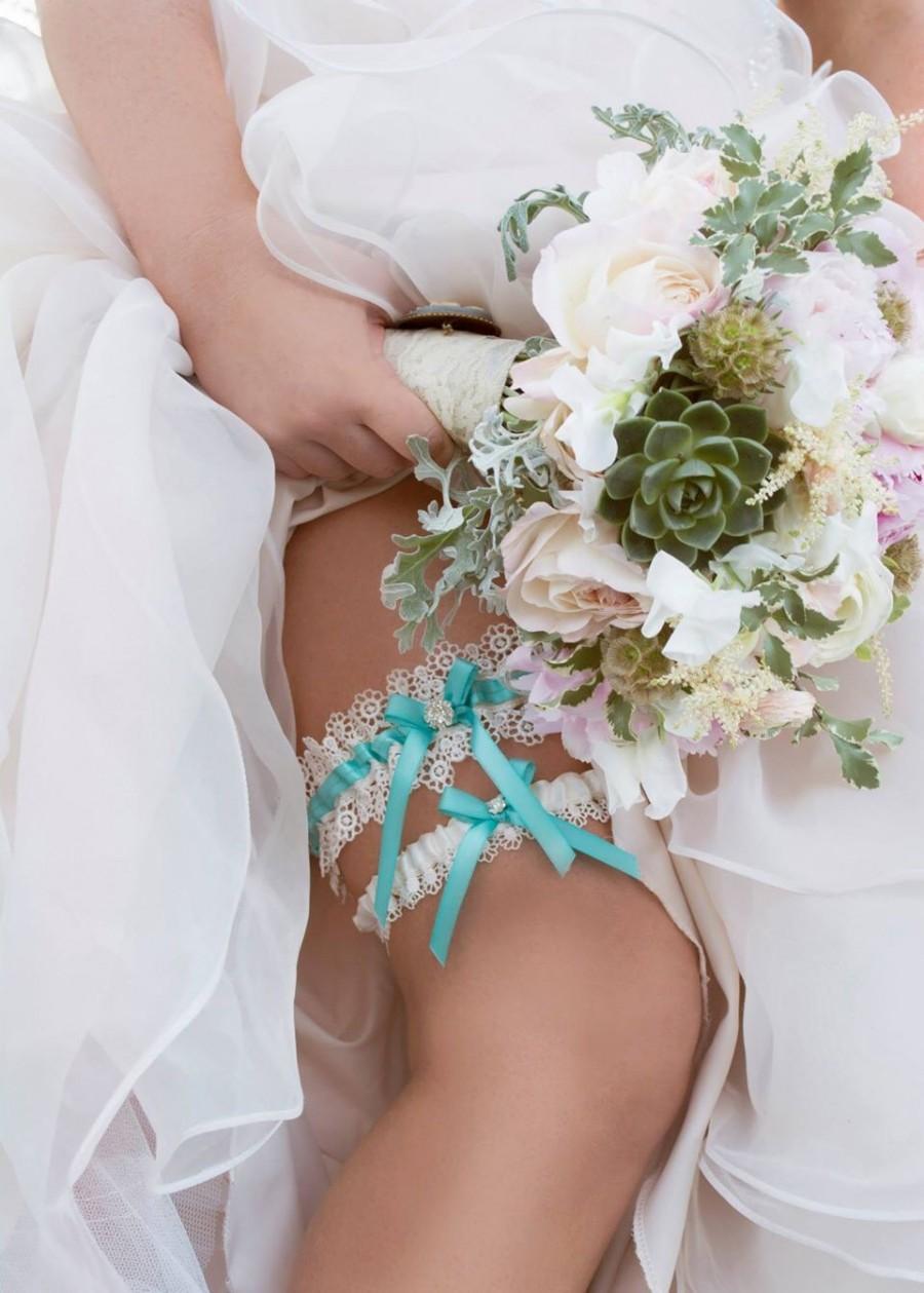 Свадьба - Aqua Blue Wedding Garter and Venise Lace Toss Garter - The ALLIE Garter Set