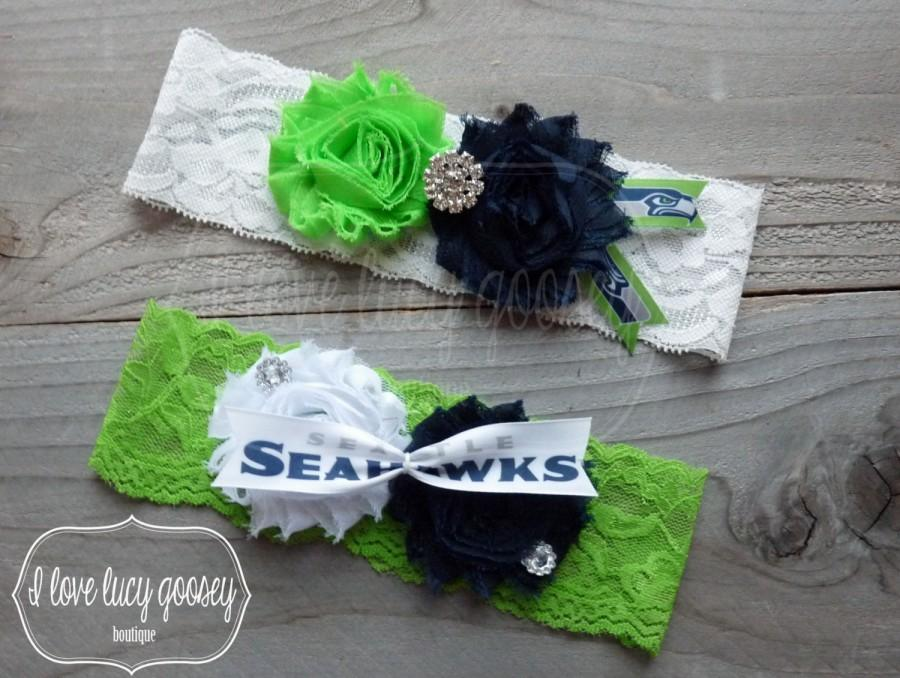 Свадьба - FREE SHIPPING! Seattle Seahawks ribbon inspired Wedding Garter set