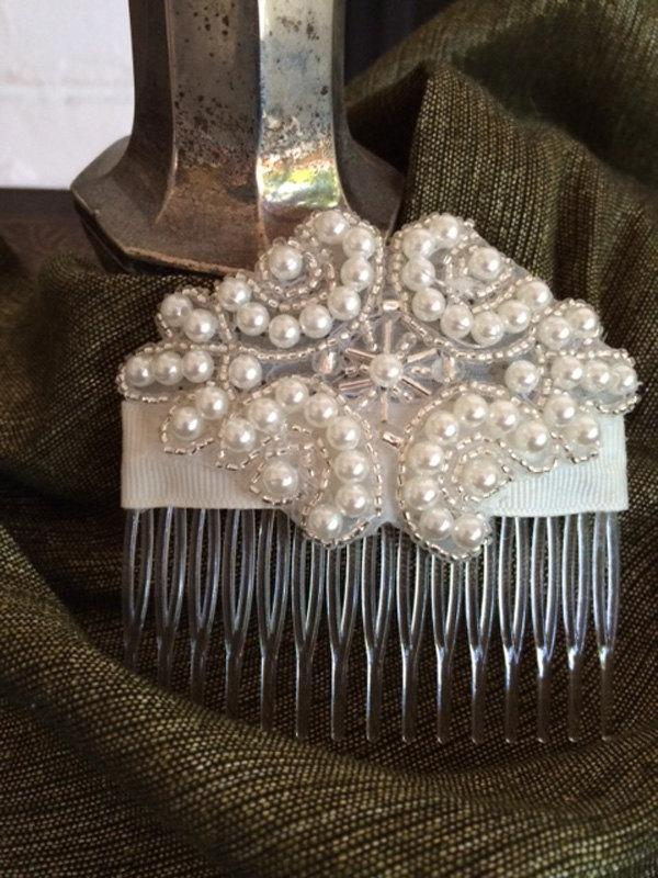 Mariage - Pearl and silver seed bead bridal comb, ivory wedding comb, hair decoration, bridal accessories, classic wedding look, hair jewelry