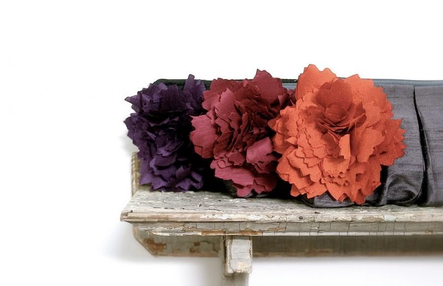 Mariage - Purple wedding, personalized bridesmaids gifts, burgundy red, orange