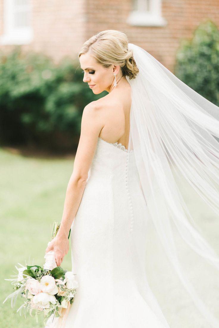 Wedding - Style Me Pretty The Vault