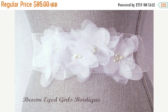 Mariage - Winter Sale Vera Wang Inspired White Organza Bridal Sash, White Wedding Belt, White Bridal Belt -White Organza Flowers