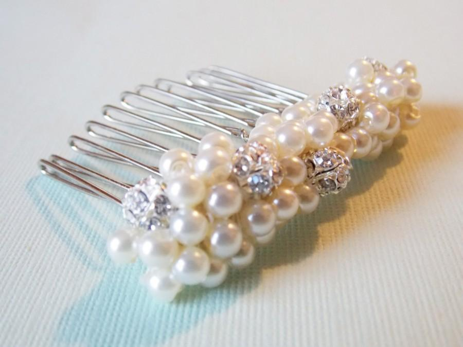 Mariage - Small Pearl Haircomb Ivory Bridal Haircomb Decorative Comb Wedding Updo Haircomb Rhinestone Pearl Comb Sparkly Hair Accessory Weddings