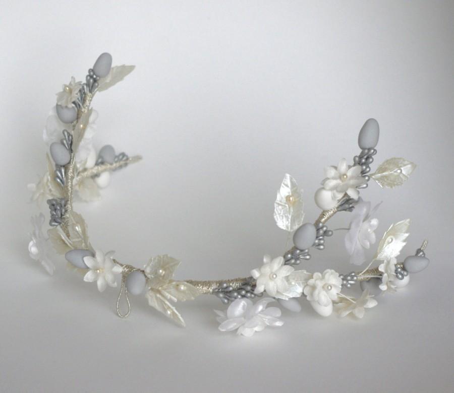 Hochzeit - Wedding headpiece / White and silver bridal wreath / Floral crown / Bridal Millinery/ Woodland bridal headpiece