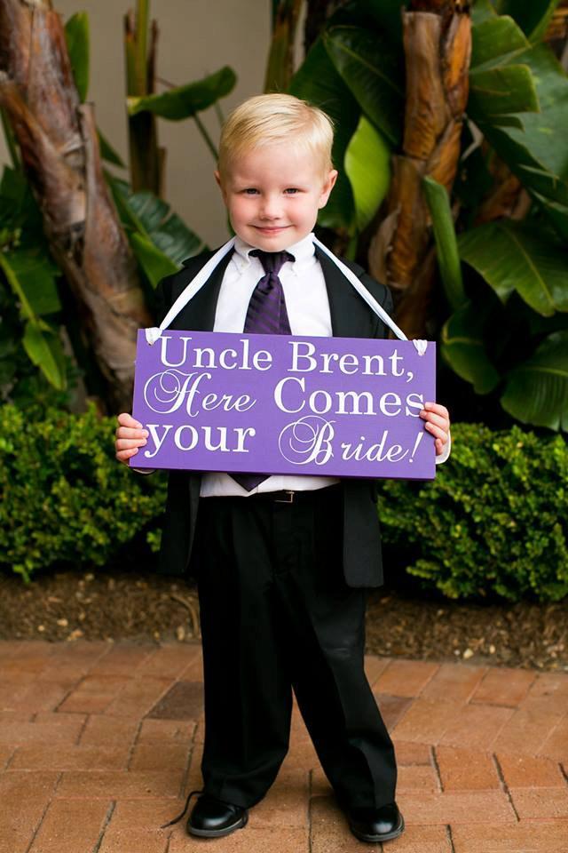 زفاف - Uncle Here Comes your Bride/ Ringbearer/Flower Girl Sign/ Wedding Signage/ Here Comes the Bride Sign/Wedding Signs/ Photo Prop