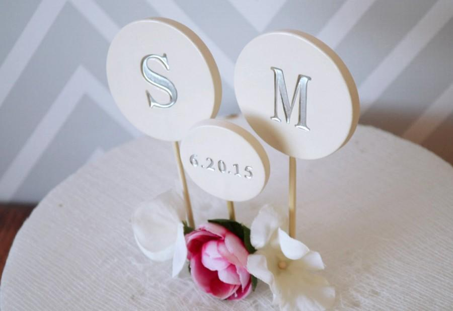 Свадьба - PERSONALIZED Modern Circle Wedding Cake Topper with Wedding Date