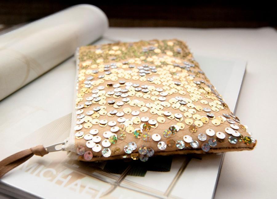 Hochzeit - Wedding Clutch Purse, Linen and gold Sequins Clutch, Modern sparkle Bridal Clutch Purse