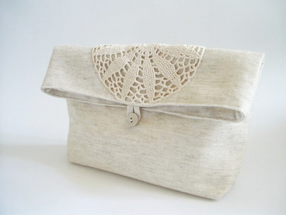 Свадьба - Foldover Wedding Clutches, Rustic Handbags, Linen and Lace Purses, Ivory Bridal Bags with Crochet, Set of 3
