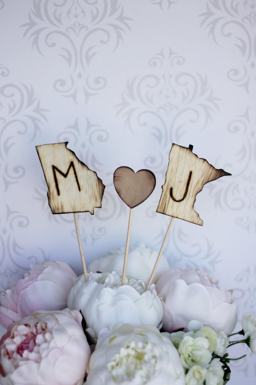 Свадьба - Personalized Cake Topper Engraved Wood States Rustic Wedding (item E10517)