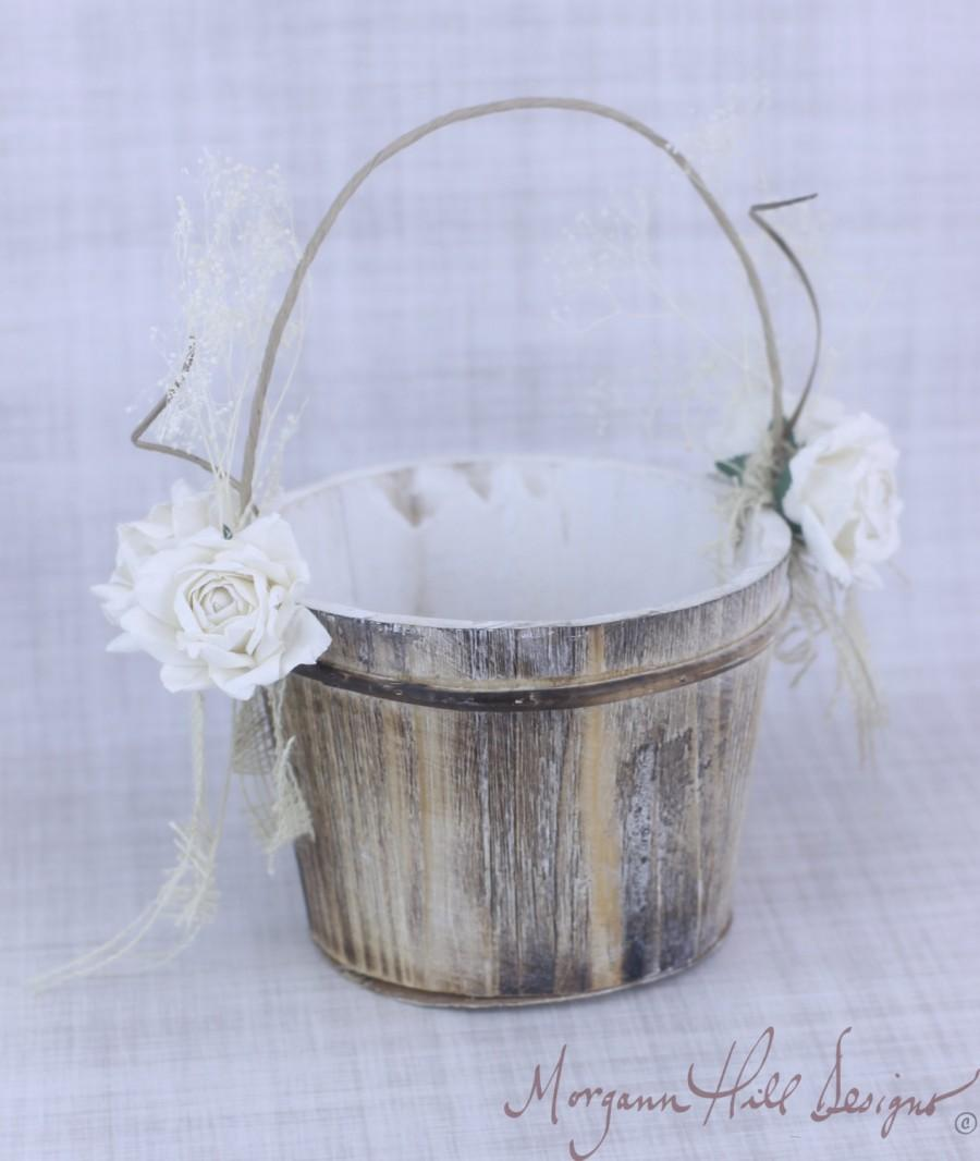 Mariage - Rustic Flower Girl Basket Paper Roses and Burlap Country Wedding (Item Number 130084)