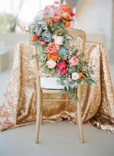 زفاف - The 22 Sweetest Sweetheart Chairs