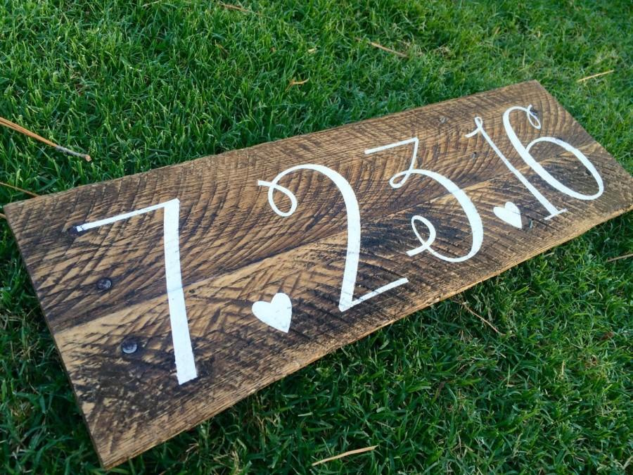 Wedding - Save the Date Rustic Wood Sign, Engagement Picture Prop