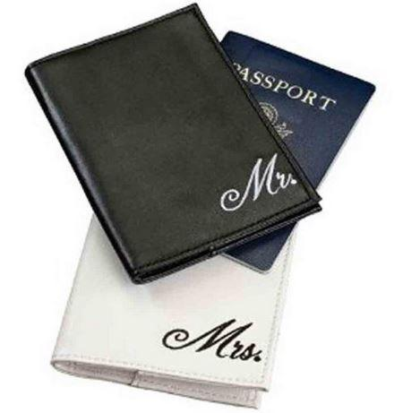 Mariage - Mr. and Mrs. Passport Covers, 4-Inch by 5.5-Inch