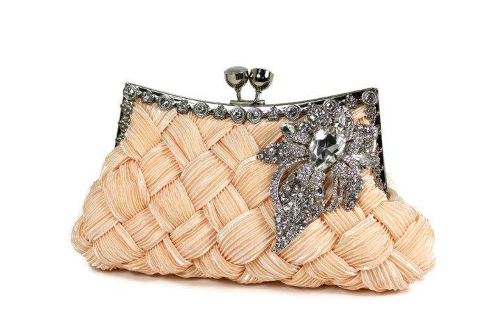 Mariage - Bridal Clutch, Soft Peach Bridal Clutch, Wedding Clutch, Vintage Style Bridal Clutch, Evening Bag with Large Crystal Vintage Style Brooch