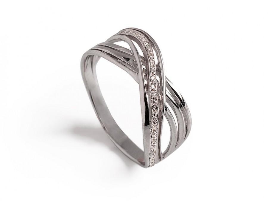 infinity knot diamond engagement ring unique diamond ring