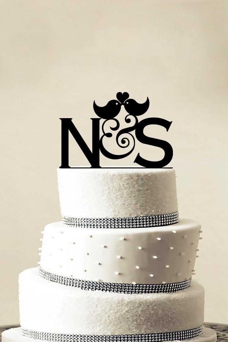 Свадьба - Custom Wedding Cake Topper - Personalized Monogram Cake Topper - Initial Cake Topper - Cake Decor - Bride and Groom